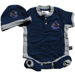 Mighty Mac Vancouver Canucks Newborn Creeper, Hat & Bootie Set